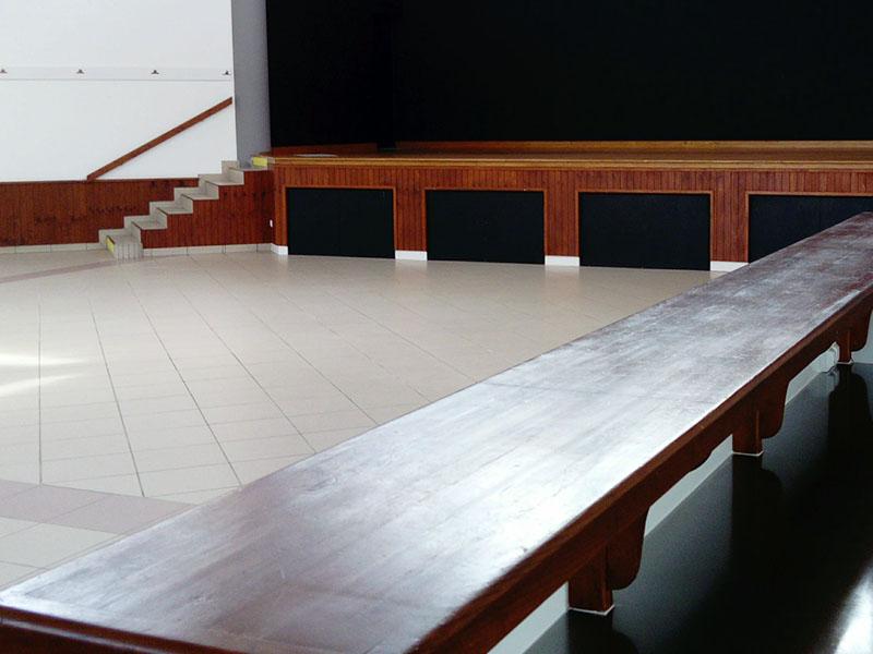 Salle des fêtes avec bar